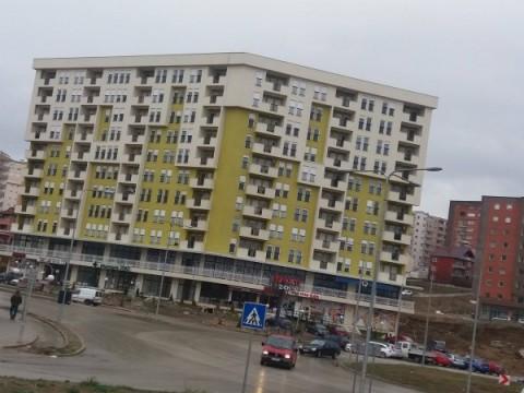 Shes dy banesa ne Prishtine ne rrugen B,