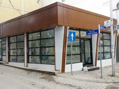 Jap me qira lokalin 75m2 + teras 85m2  / Prishtine