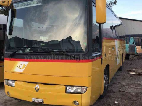 Shes autobusin  Renault