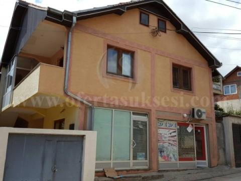 Shes shtepin dy katshe + dy lokale / Prishtine