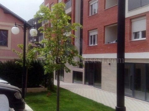 Jap me qira banesen 54m2 kati i -VI- / Prishtine