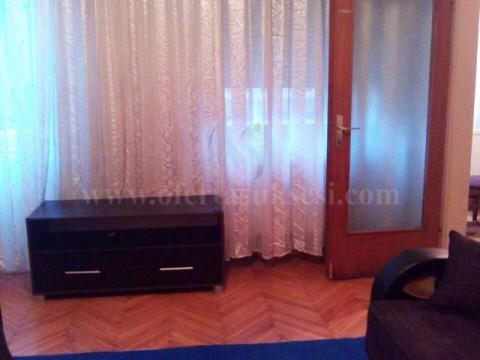 Jap me qira banesen/zyren 60m2 kati i -I- / Prishtine
