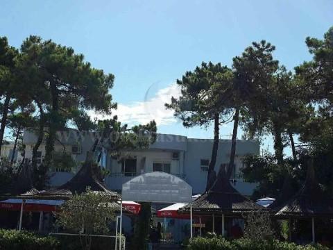 Shes hotelin ne Golem-Durres / Shqiperi