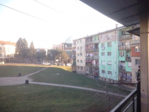 Jap me qira banesen 50m2 kati i -III- / Prishtine