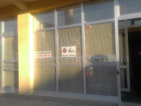 Shes lokalin 180m2 kati perdhese / Prishtine