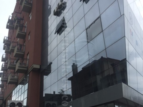 Jap me qira lokalin 90m2 kati perdhes / Prishtine