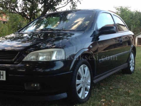 Shes Opel Astra 1.8 benzin