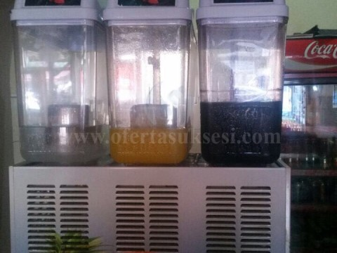 Shes maqinen (aparatin) per limonad