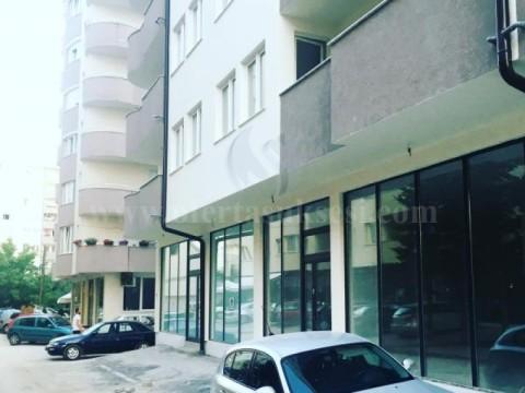 Jap me qira lokalin 70m2 kati perdhese / Fushe Kosove