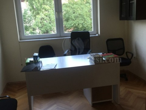 Jap me qira banesen 110m2 kati i -I- / Prishtine