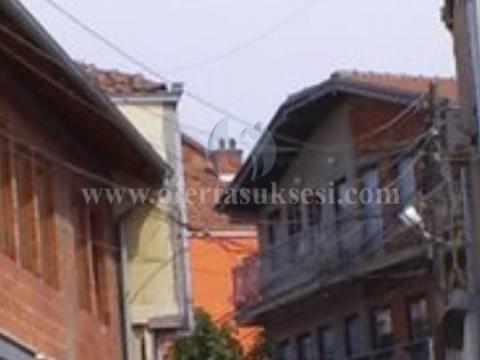 Shes shtepin 3katshe 240m2  / Prishtine