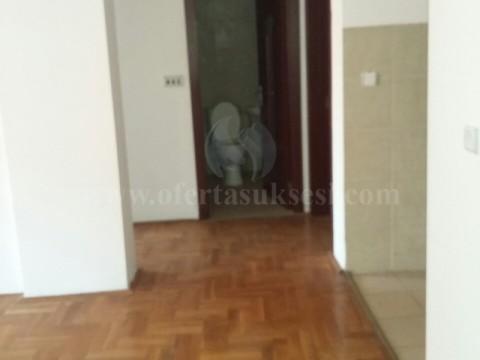 Jap me qira banesen 86m2 kati i -X- / Prishtine