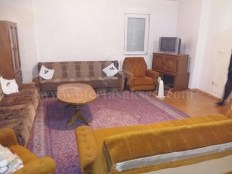 Jap me qira banesen 80m2 kati i -V- / Prishtine