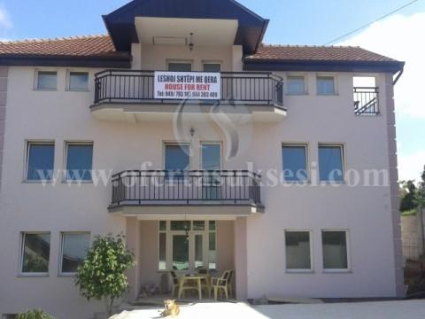 Jap me qira shtepin 550m2 me 1.70 ari oborr / Prishtine
