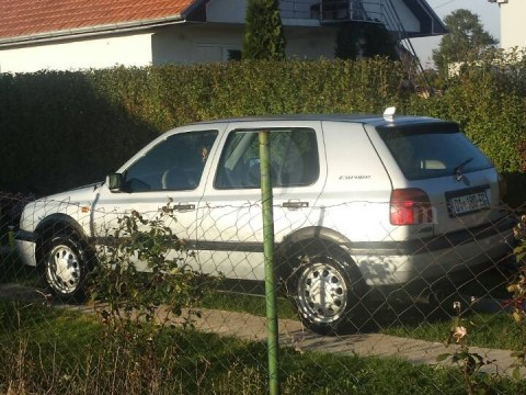 Shes VW Golf 3 1.7 turbo dizel,