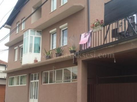 Jap me qira katine e shtepi 80m2 kati i -I- / Prishtine