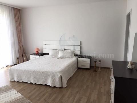 Shes ose Jap me qira shtepina 628m2 me 1.74 ari toke / Prishtine