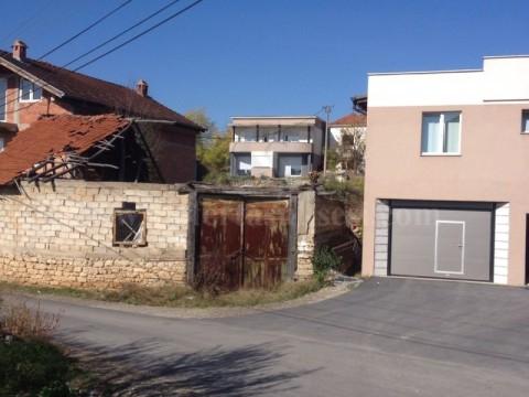 Shes dy shtepi me 6.3 ari truall  / Gjilan
