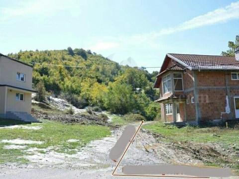 Shes 14 ari toke  / Prizren