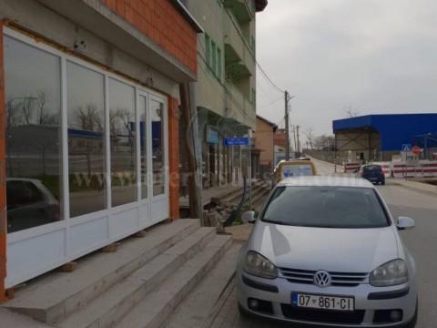 Jap me qira lokalin 33m2 perdhes / Prishtine