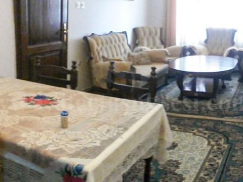 Shes shtepin 180m2 dy kateshe me 2.4 ari toke / Prishtine