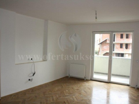 Jap me qira banesen 50m2 kati i -V- / Prishtine
