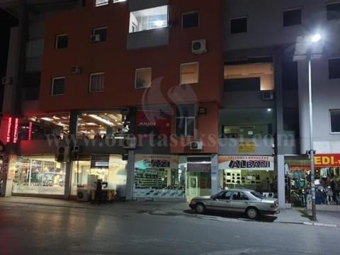 Jap me qira lokalin 30m2 kati -I- / Fushe Kosove