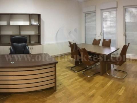 Jap me qira banesen / zyren 61m2 kati i -II- / Prishtine