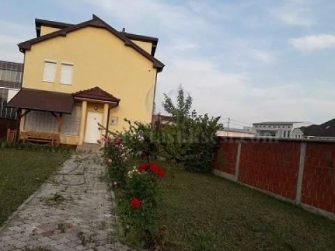 Shes ose nderroj shtepine 130m2 dy katshe me 4.70 ari truall / Prishtine
