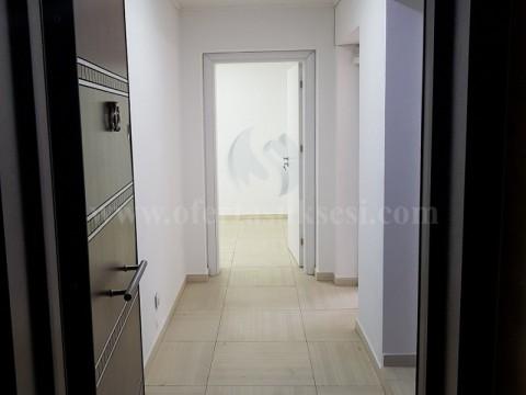 Jap me qira banesen/zyren 42m2 kati i -I-  / Prishtine