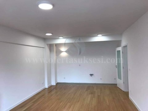 Jap me qira banesen/zyren 95m2 kati i -I- / Prishtine