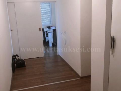 Jap me qira banesen 90m2 kati i -IX- / Prishtine