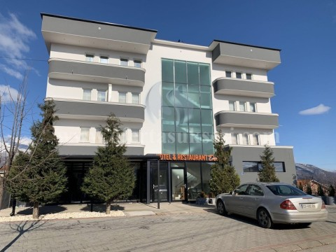 Jap me qira hotelin 3kateshe + restorani / Burim-Peje