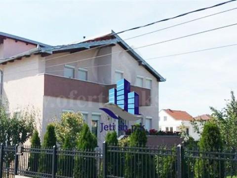 Shes shtepin 280m2 3katshe me 3 ari truall / Prishtine