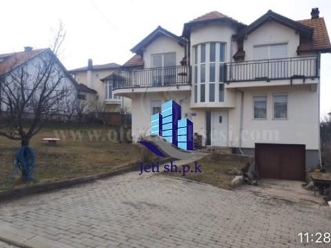 Shes shtepin dy kateshe 160m2 me 5 ari truall / Prishtine