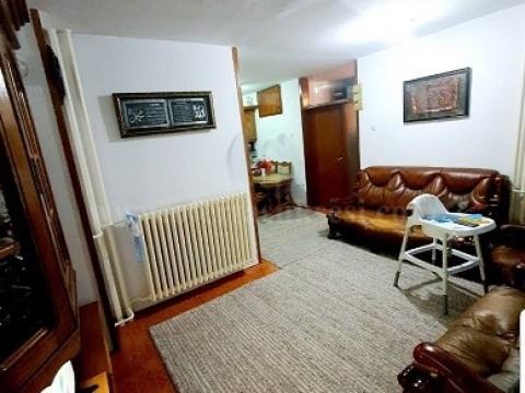 Shes ose Jap me qira banesen 102m2 kati perdhes / Prishtine