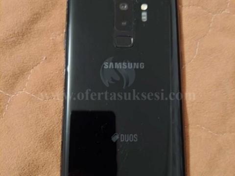 Shes Samsung Galaxy S9 plus