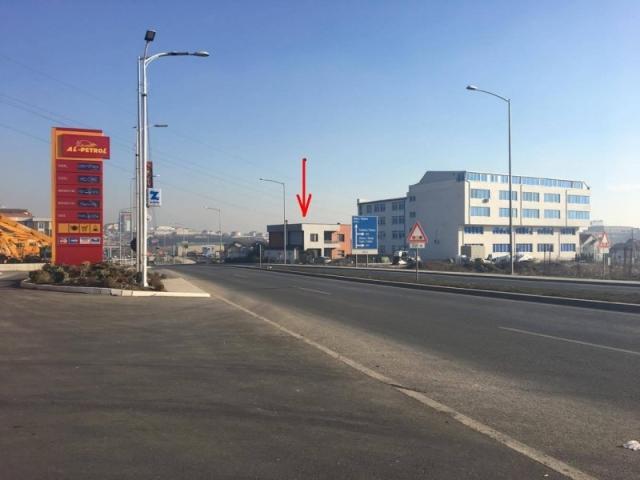 Shes shtepin 240m2 me 5.5 ari / Veternik - Prishtine