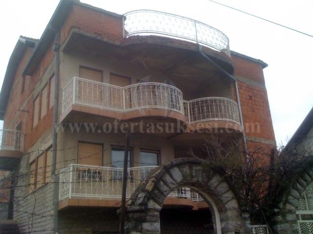 Shes shtepin 400m me 7 ari traul / Prishtine