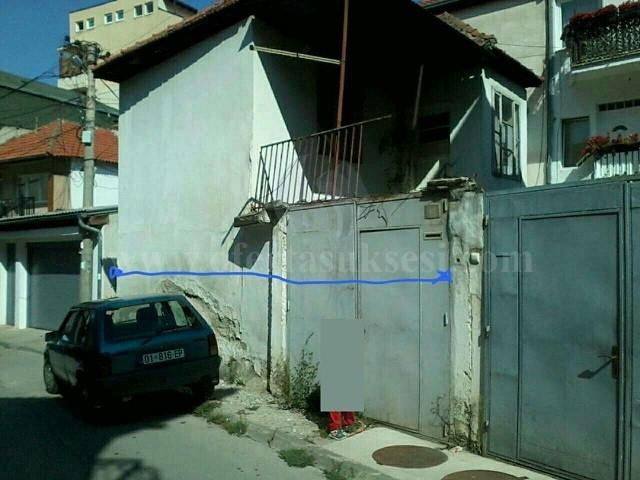 Shes shtepin dy kateshe me 1 ari oborr / Prishtine