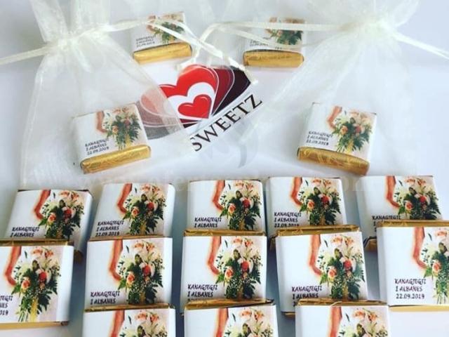 Cokollada te personalizuara per festa si dasma, kanagjegj, ditelindje e fejesa