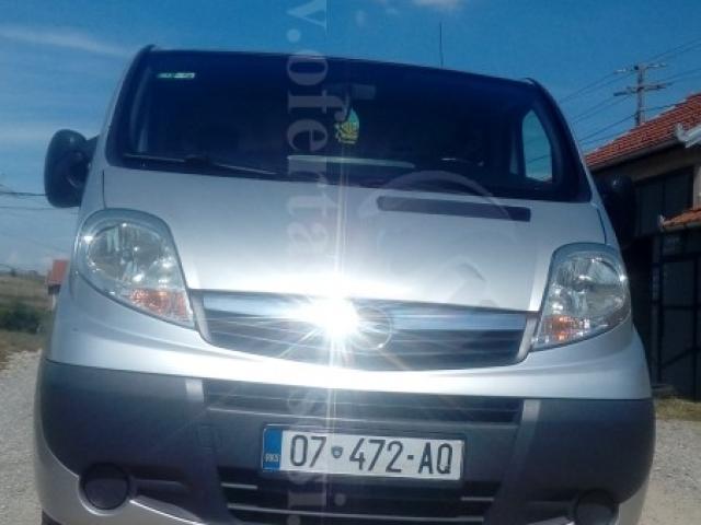 Shes Opel Vivaro,