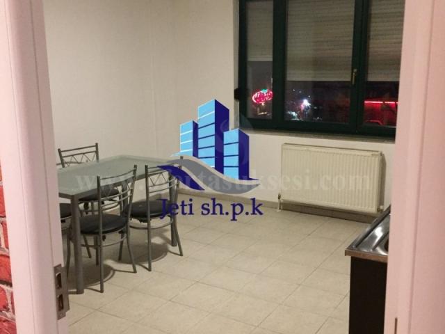 Shes banesen 110m2 kati i -II-/ Prishtine