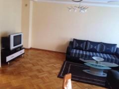 Jap me qira shtepin 250m2 / Prishtine