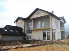 Shes shtepin+objektin 1350m2 / Prishtine