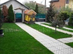 Jap me qira shtepin 300m2 me 3.5 ari truall / Prishtine