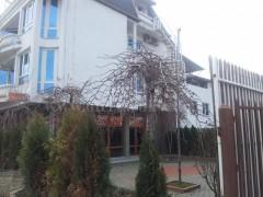 Jap me qira objektin , hapesir per zyre  4-katshe 900m2 me 4 ari truall / Prishtine