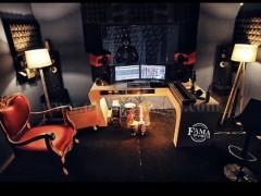 Shes komplet studion muzikore