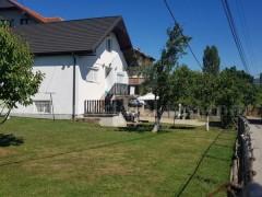 Shes shtepin 225m2 dy kateshe me 6.65 ari truall / Prishtine
