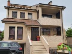Shes shtepin 400m2 me 4 ari traull / Prishtine